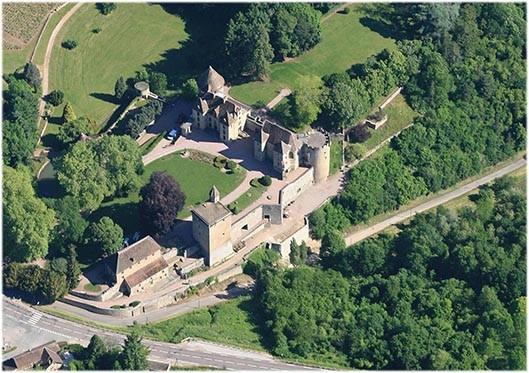Photo Aérienne du Château de Couches